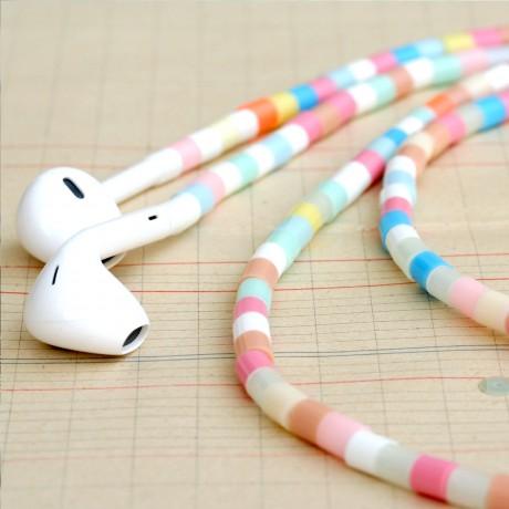 ecouteurs-multicolores-pastel.jpg