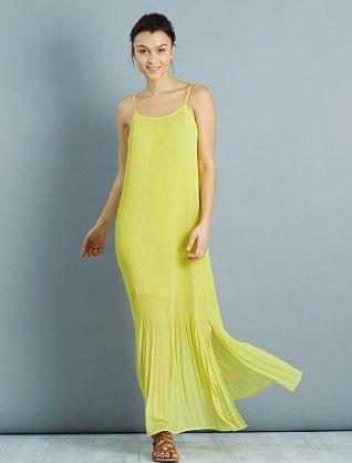 robe-longue-en-voile-plisse-vert-celeri-femme-vm513_3_fr2.jpg