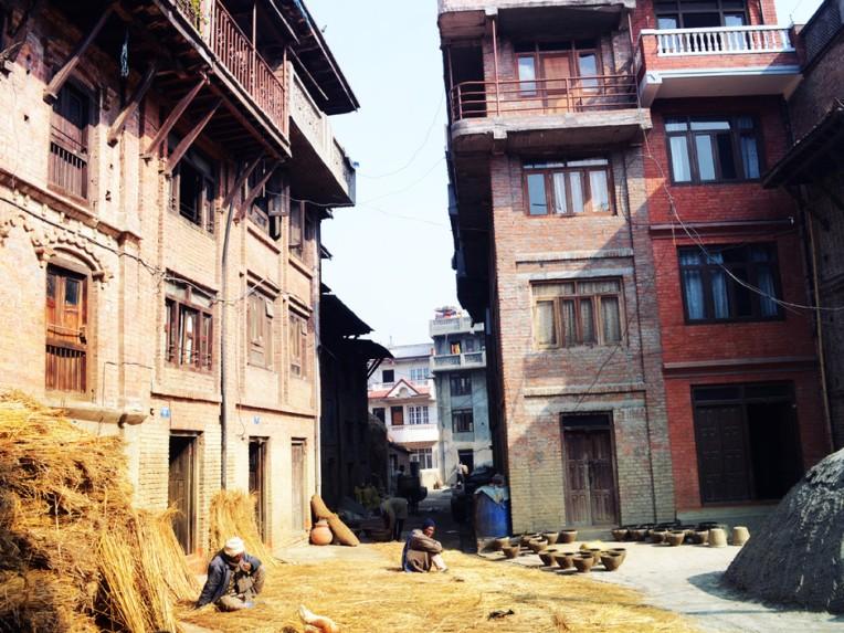 bhaktapur-ville-silencieuse_940x705.jpg