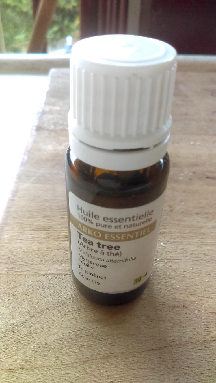 tea tree oil .jpg